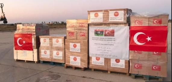 """Photo of تونس تسلّم """"المساعدات التركية"""" إلى السلطات الليبية.."""
