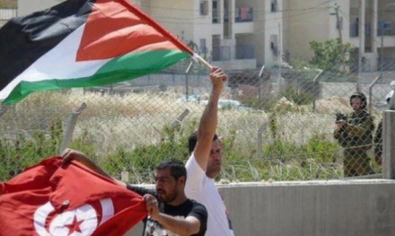 Photo of بأمر رئاسي: تونس ستُساهم بـ100 ألف دولار سنويا لإغاثة اللاجئين الفلسطينيين
